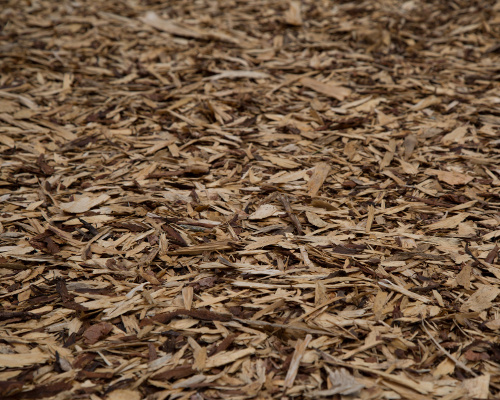 Bark mulch for garden